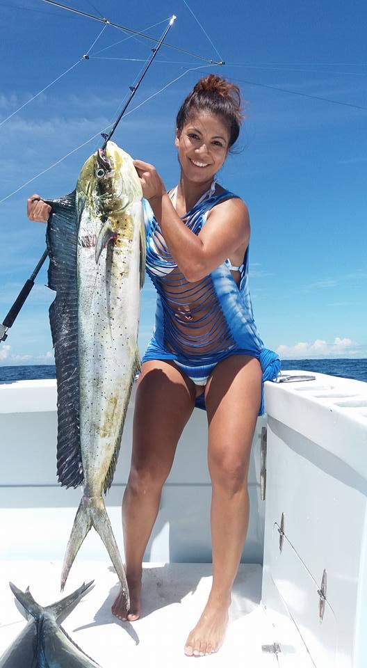 Hot Chick Dorado Fishing